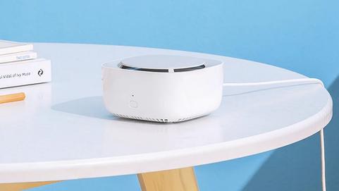 Готовься к лету: Xiaomi представила гаджет от комаров с голосовым управлением