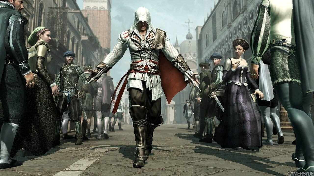 ac2_ezio_in_crowd.jpg