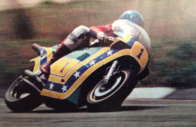 Marco Greco e a Suzuki RGB 500 em Interlagos