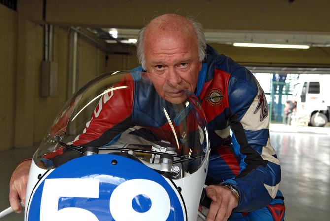 "Lucílio Baumer: da ""Jararaca"" ao Mundial de Motovelocidade"