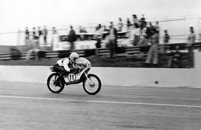 "Fera na terra e no asfalto, Boettcher aposta: ""Classic GP vai lotar o autódromo!"""