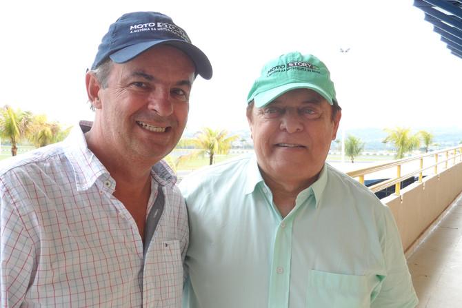 Veteranos Roberto Boettcher e Edmar Ferreira correm no ICGP Brasil