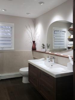 Hallway Bathroom After