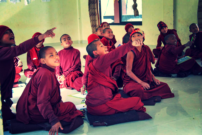buddhist-monks_edited