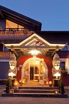 Hotel Platzhirsch Oberstaufen Eingang