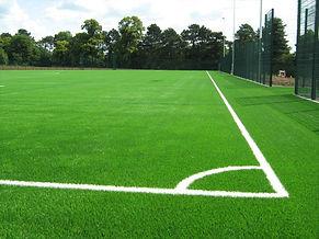 монтаж искусственного футбольного поля, монтаж футбольного газона, искусственное футбольное поле, засыпка кварцевого песка, засыпка резиновой крошки в футбольный газон