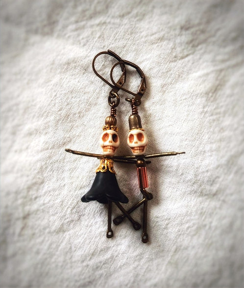 LiTtLe sKeLLy dAnCeR eArriNgS..