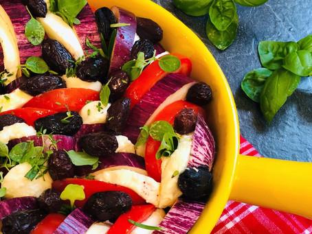 Auberginen-Tomaten Auflauf mit Mozzarella und mediterranen Kräutern (Low Carb & Keto-freundlich)