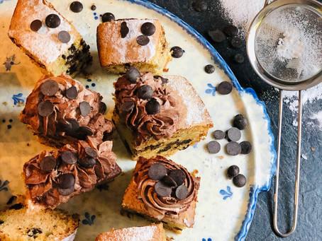 Saftiger Kuchen mit Schokodrops (Low Carb & Keto-freundlich)