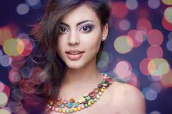 Bokeh_ss_beaded-necklace_95569570.jpg