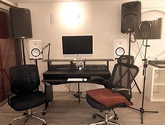 studio%2520main%2520station1_edited_edit