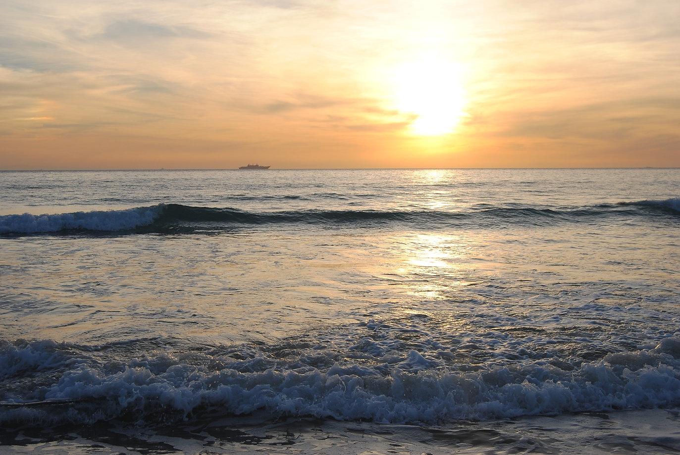 sunset-1914607_1920.jpg