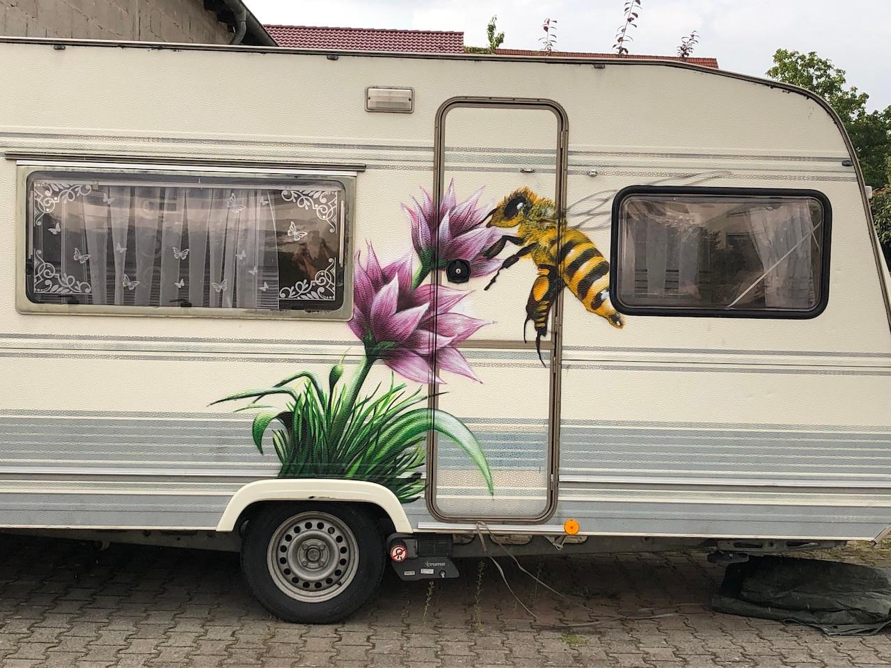 Privater Auftrag Wohnwagen-Aufwertung