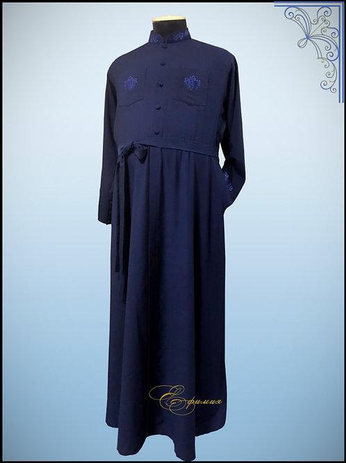 Подрясник Болгарский покрой, костюмный( вискоза) с вышивкой. Цвет темно-синий