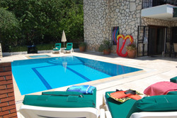 pool-and-garden-5