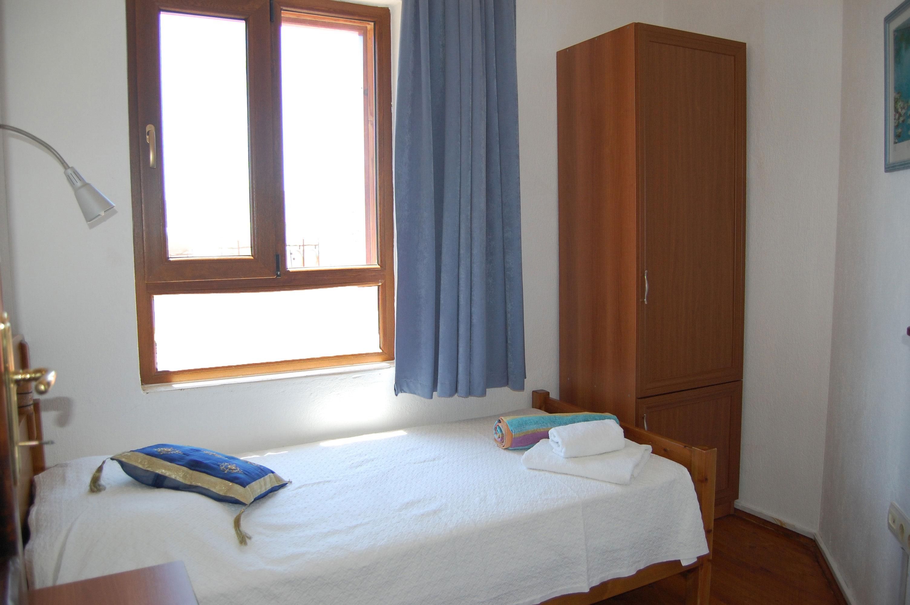 Bedroom 5 - family suite