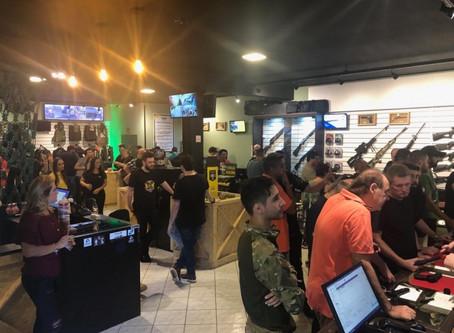 Maior loja de armas do Brasil é inaugurada em Joinville