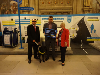 Gavin Newlands MP talks about pavement parking dangers with Guide Dogs