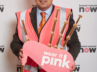 Gavin Newlands MP wears it pink in Parliament in aid of Breast Cancer Now