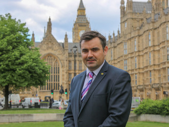Gavin Newlands MP calls for greater support for families fleeing domestic violence