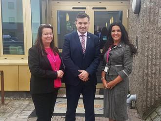 Gavin Newlands MP visits Community Hub