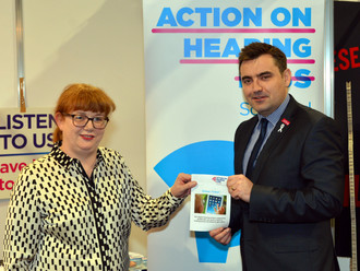 Gavin backs AOHL campaign to tackle digital isolation