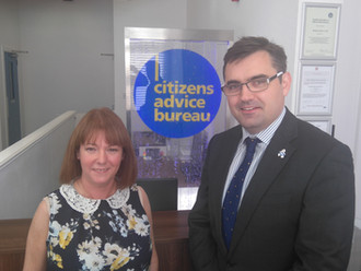 Gavin Newlands visits new CAB premises