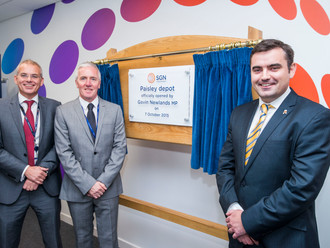 Gavin opens new Scottish Gas Network depot in Paisley