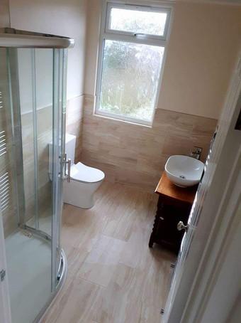 tj bathroom.jpg