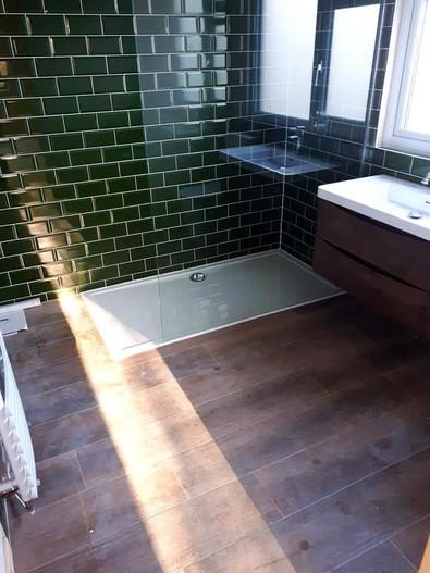 bathroom upton.jpg