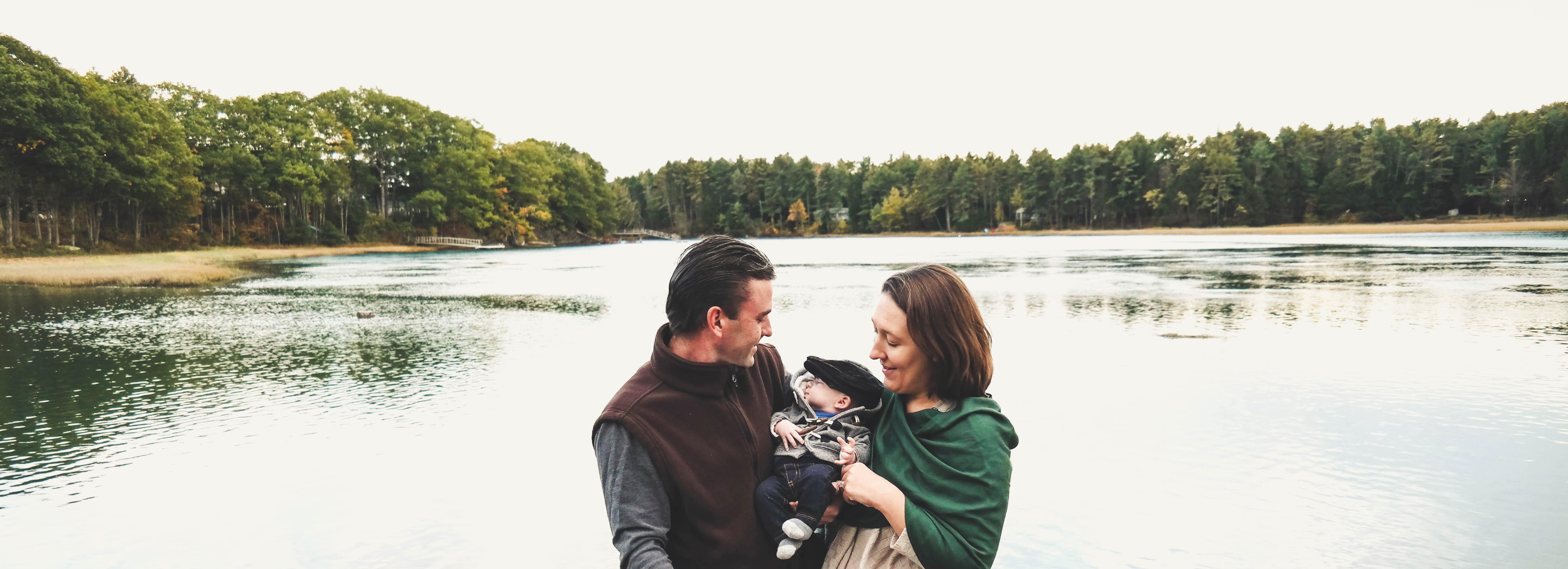 ENGAGEMENT/LOVE/FAMILY/NEWBORN