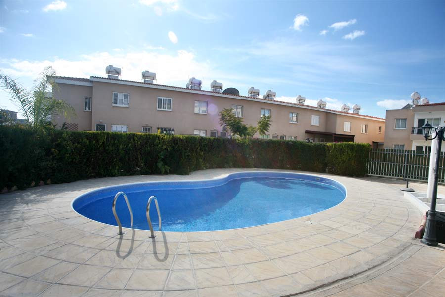 Aristo-Popular-Cottahes-swimming-pool-ar