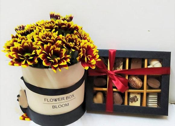 פרחים חיים בקופסא עם פרליני שוקולד