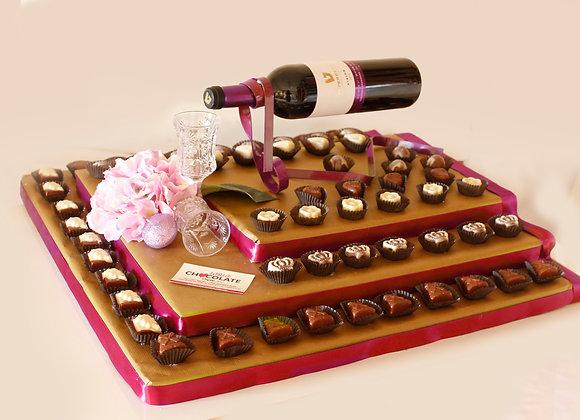 פרלינים בשלוש קומות מעמד ליין ויין