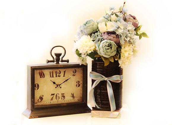פרחים ושעון