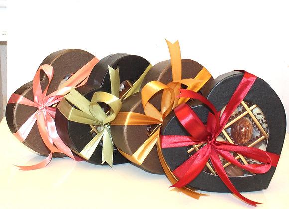 עשרה פרליני שוקולד משובחים