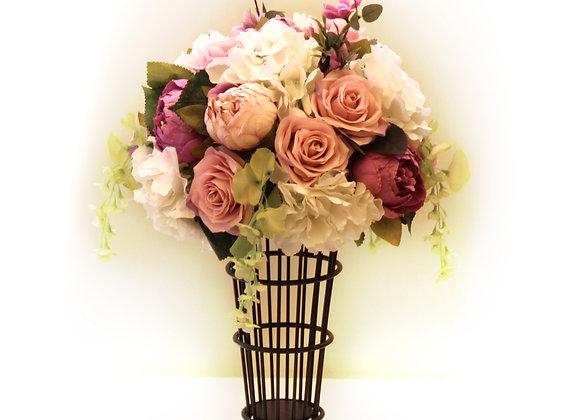 פרחים סגול ולבן