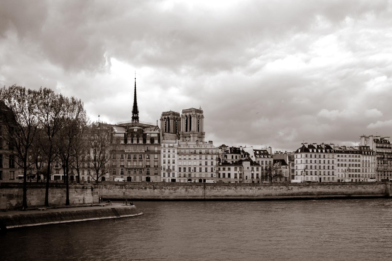 paris_beaubourd_a_notre_dame-19