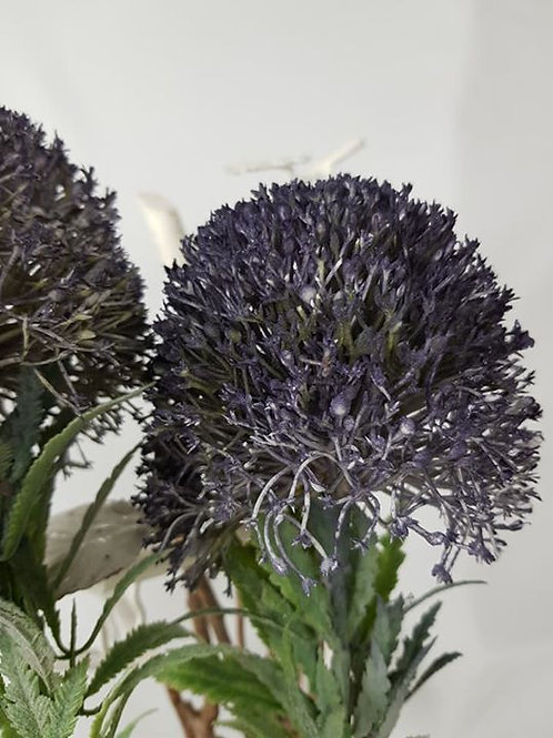 """Real to touch """"Allium"""""""