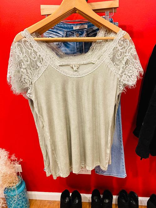 Nina Lacey Sleeve Top