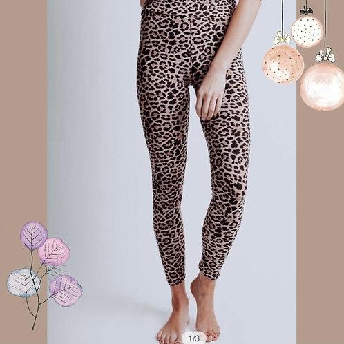 Leopard Leggings Super soft!