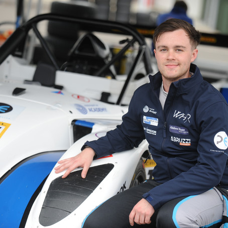 Radical racer Will Hunt chosen as Abruzzi Racewear Brand Ambassador