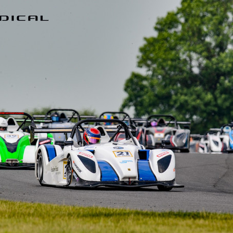 Will Hunt maintains SR1 Cup lead but drops points to title rival at Snetterton