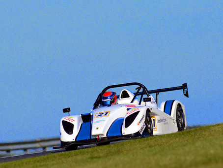 Brighton's Will Hunt focused on recovering lost ground in Radical SR1 Cup finale at Snetterton