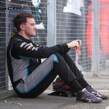 Sussex racer Will Hunt denied Radical SR1 Cup title following career-best season