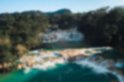 Каскад голубых водопадов в Мексике Агуа Азул