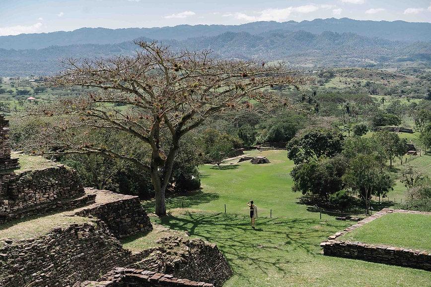 Пирамида майя Тонина