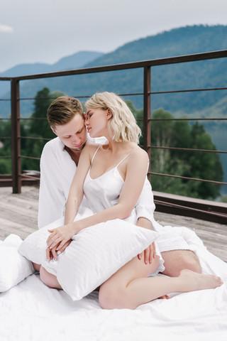 Свадьба на Алтае на берегу Телецкого Озера на базе отдыха