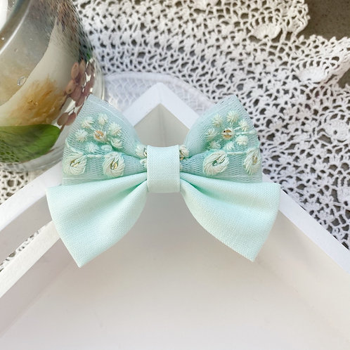 Floral Lace Sea Mist Bow Original Size