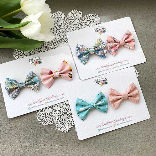 Surprise set of 2 bows